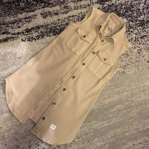 Dress classic khaki button down Calvin Klein
